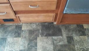 flooring+before+012